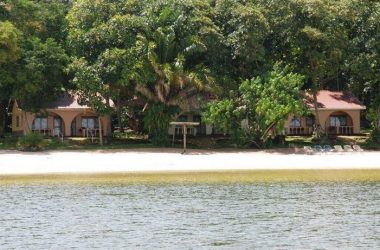 Sesse_island_beach_uganda-accomodation-hotels