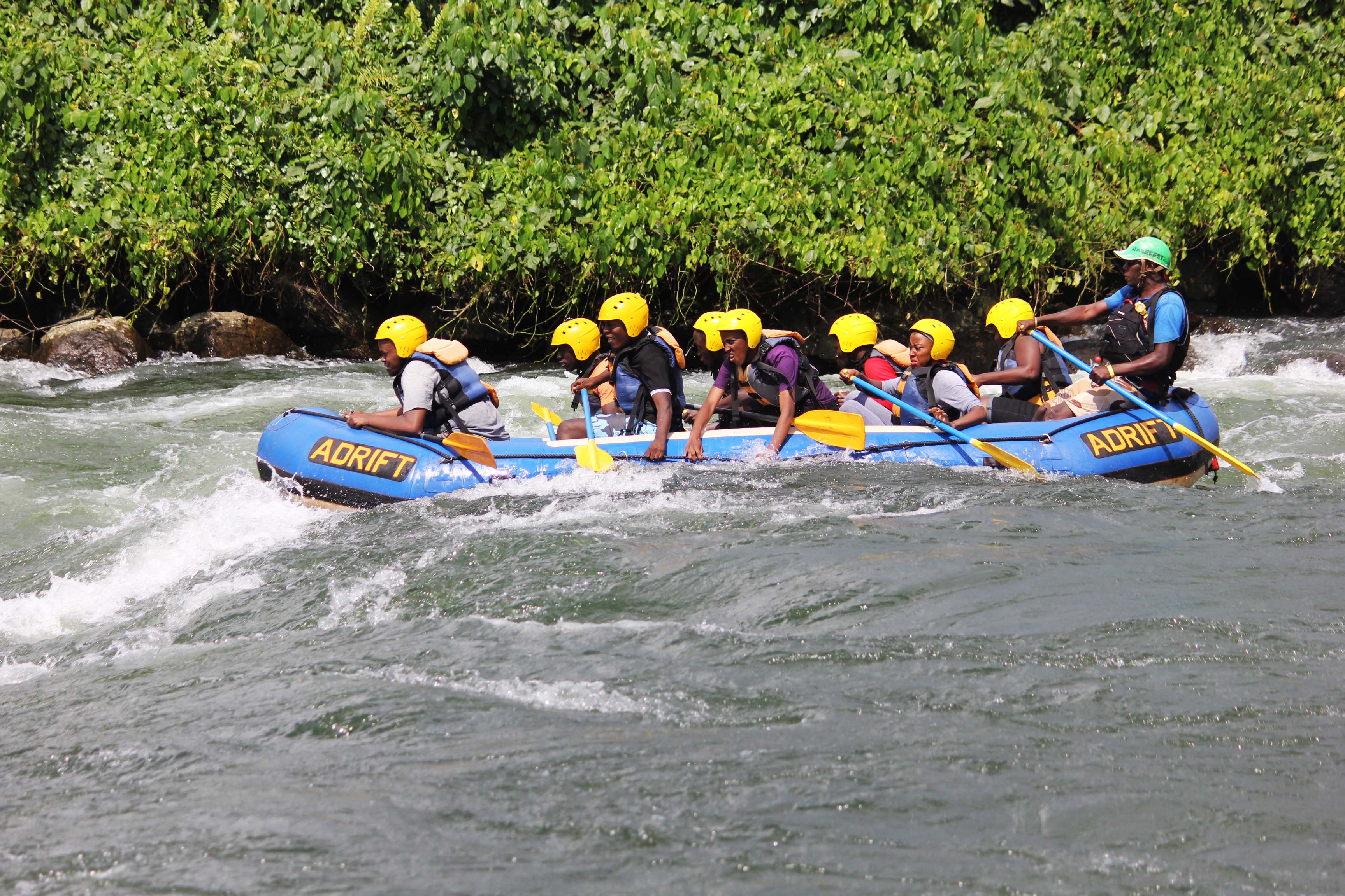 Days wildlife Adventure gorilla tracking rafting hiking