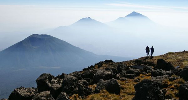 mount-karisimbi-volcanoes-Virunga-ranges